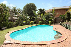 What Are the Rules for Pool Fencing in Queensland, Australia